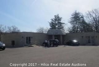 Multi-Tenant Bldgs - 28662 W Northwest Hwy - Lake Barrington, IL