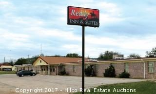 Reddy Inn & Suites